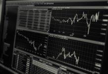 Aktien, Kryptowährungen, Gold